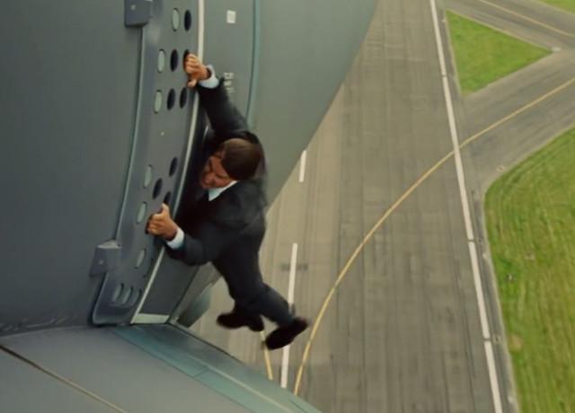太猛了!《不可能的任務:失控國度》阿湯哥爬飛機「玩真的」! @LPComment 科技生活雜談