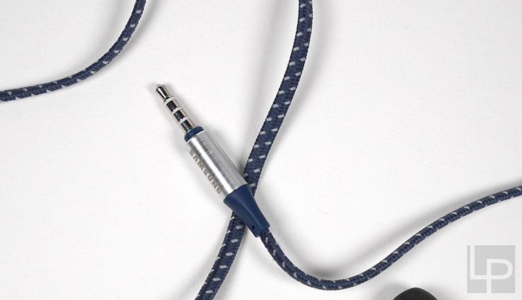 開箱/鋁合金矩形設計&雙層單體結構:Samsung金屬感有線耳機