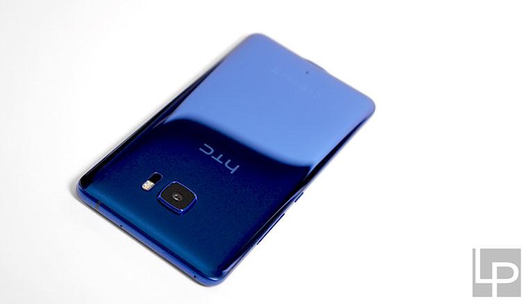 水漾分光、絕美降臨:HTC U Ultra寶石藍大量實機開箱圖賞