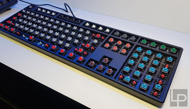 Ducky展出雞鳴見日升、One 2與711等新鍵盤,阿米洛1.8kg鋅合金VA68Cu同步亮相