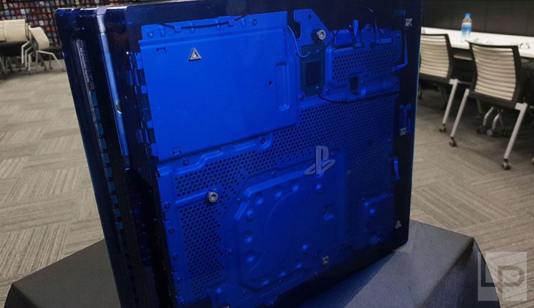 PlayStation 5億台銷售突破!半透明PS4 Pro全球限量特別版開箱