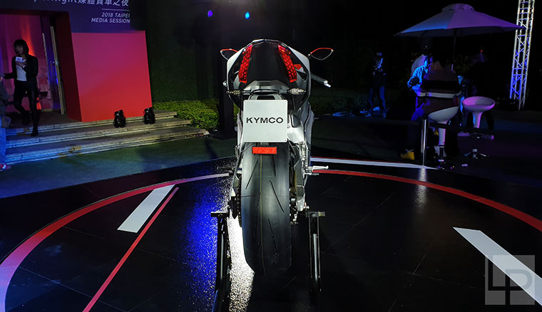 動眼看/光陽公升級電動重機SurperNEX首度在台亮相!12/16將現身麗寶賽車場