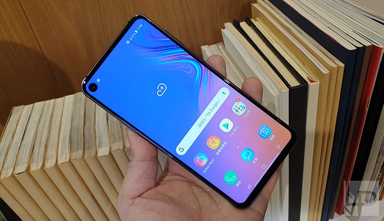 全球首款挖孔「O極限全螢幕」!三星Galaxy A8s在台發表,2/1全面開賣