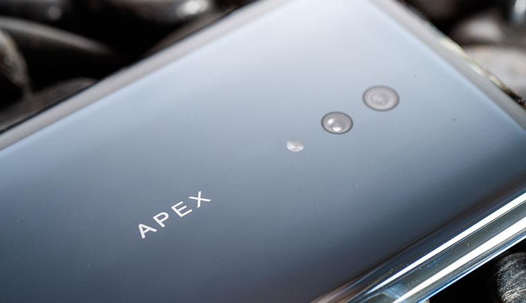 vivo發表「真一體化」5G手機APEX 2019!全機光滑剔透無孔洞