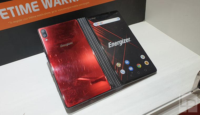 勁量展出摺疊螢幕手機Power Max P8100S,搭載s855、8GB RAM與10000mAh電力等超強規格!