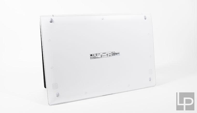 LG Gram 17 Z990開箱測試:令人驚嘆的輕薄與美型