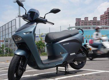 Yamaha EC-05試駕心得:路感接近Gogoro S2、主要差異在坐墊與外型設計 @LPComment 科技生活雜談
