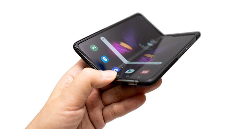 要價台幣六萬五的未來手機!三星Galaxy Fold折疊螢幕手機開箱