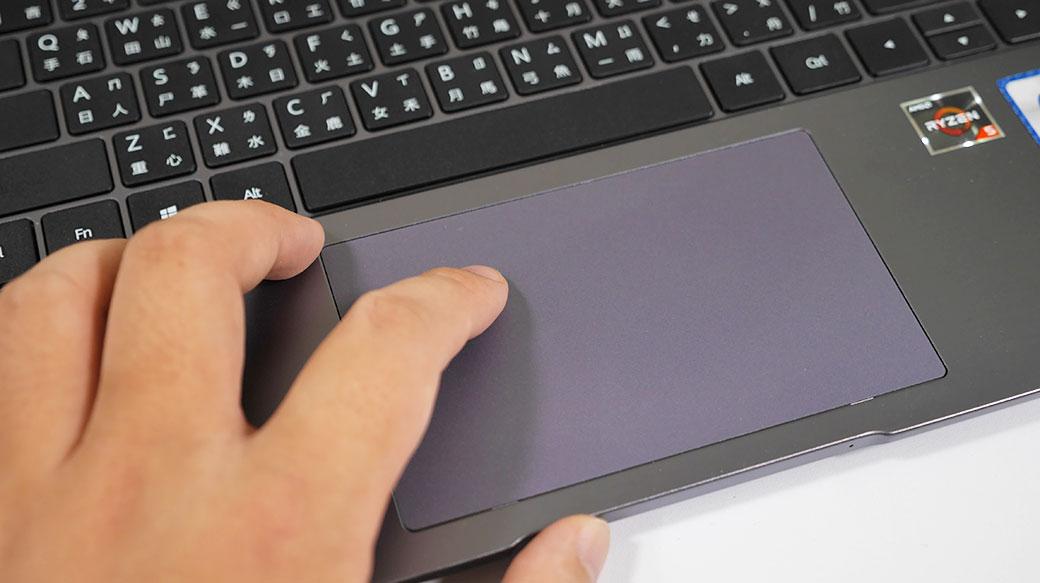 HUAWEI MateBook D15 / HUAWEI MateBook D14筆電開箱:專業感十足的洗鍊美型設計、超方便「一碰傳」功能!