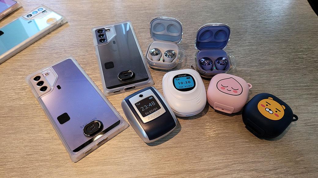經典Anycall摺疊機造型Buds Pro耳機殼在台推出!還有針對耳機與S21的新款Kakao Friends保護殼