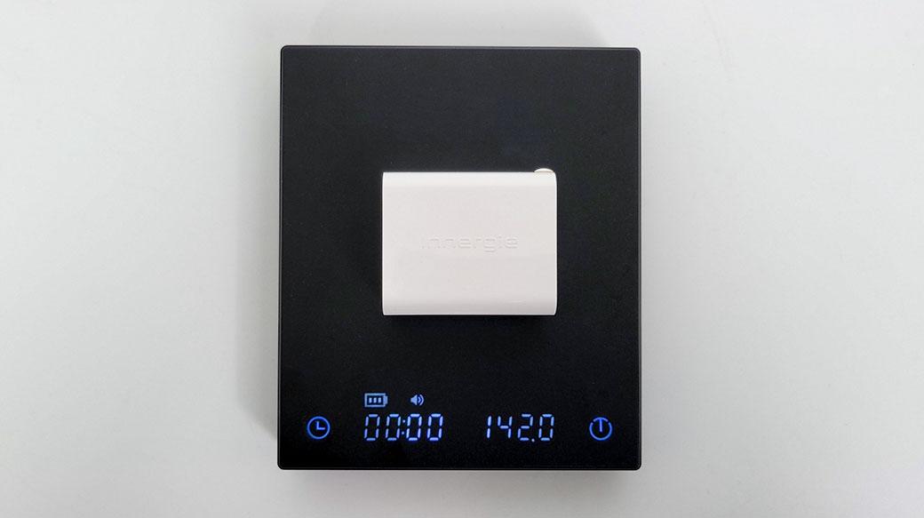 無插別、最速配! Innergie C6 Duo萬用充電器開箱:雙PD 63W「不分插孔動態分流」真正隨插隨用!
