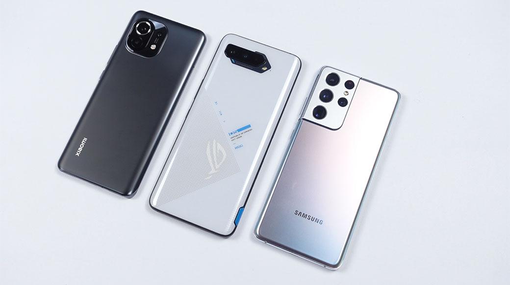 高通S888旗艦對決!ROG Phone 5 / 三星S21U / 小米11性能、發熱對比,誰才是不翻車的馴龍高手?