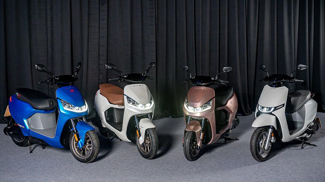 KYMCO發表Ionex 3.0以及i-One、S6、S7、S7R四款新車,採充換並行,目標兩年4000座換電站!