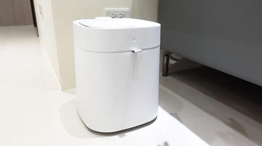 掀蓋+打包全自動、減少臭味不髒手!拓牛T Air X自動垃圾桶評價!優缺點分享