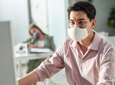 LG推出第二代PuriCare口罩型空氣清淨機,更小更輕、功能強化並內建VoiceON @LPComment 科技生活雜談